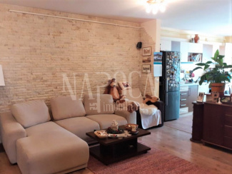 VA3 100516 - Apartament 3  camere de vanzare in Floresti