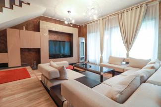 VC4 107662 - Casa 4 camere de vanzare in Europa, Cluj Napoca