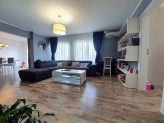 VA3 108112 - Apartament 3  camere de vanzare in Floresti