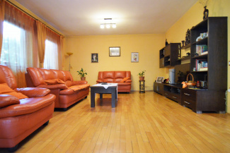 VC4 108290 - House 4 rooms for sale in Floresti