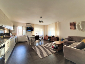 VA3 109598 - Apartament 3  camere de vanzare in Floresti