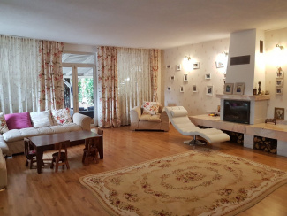 VC5 65179 - Casa 5 camere de vanzare in Floresti