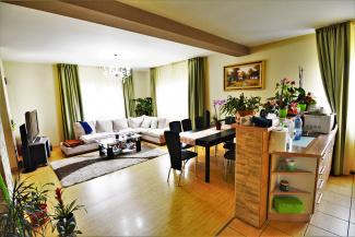 VC5 82226 - Casa 5 camere de vanzare in Floresti