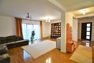 VC4 82327 - Casa 4 camere de vanzare in Floresti