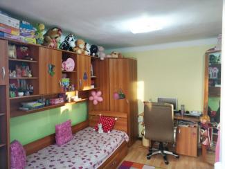 VC4 93059 - Casa 4 camere de vanzare in Intre Lacuri, Cluj Napoca