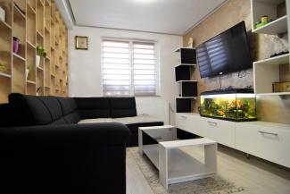 VC4 98602 - Casa 4 camere de vanzare in Floresti