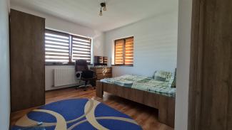 VC7 99871 - Casa 7 camere de vanzare in Baciu